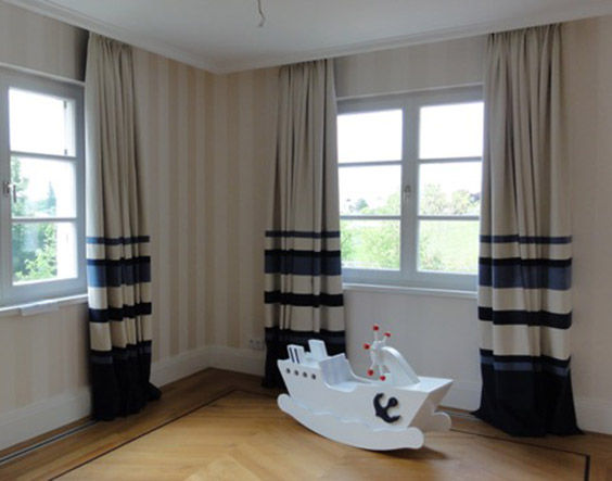 Villa Dahlem biofarben tapezierteam klebt echte papiertapeten ansatzfrei